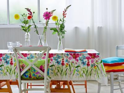 tovaglia stile floreale su Home24