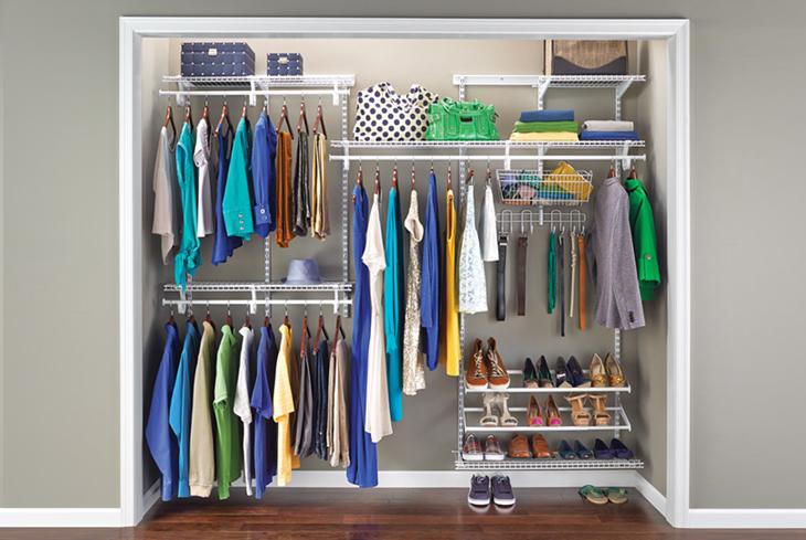 Come Sistemare L Interno Dell Armadio.Come Mettere In Ordine I Vestiti Nell Armadio The Shopping Corner