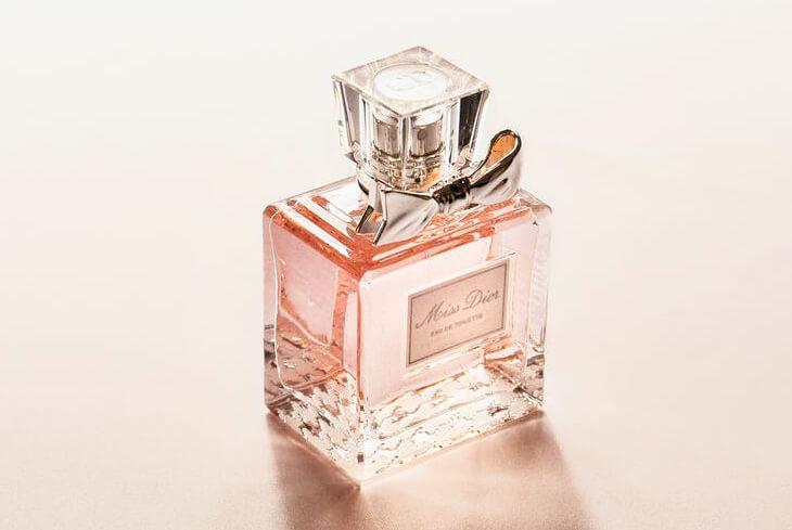 new product de7bb d5a20 Profumi scontatissimi con le offerte online - the Shopping ...