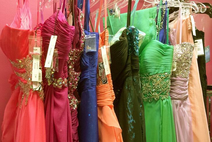 94333bbe55e5 Dove acquistare vestiti da cerimonia economici online - the Shopping ...