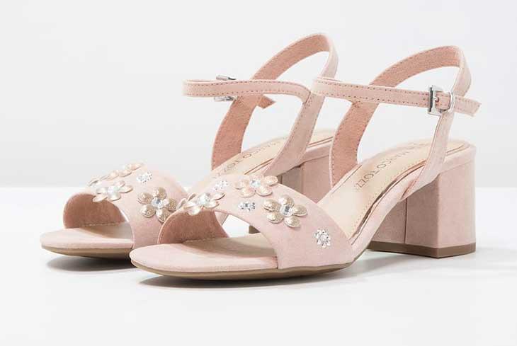 Una selezione dei migliori modelli scontati di sandali da - Sandali nero giardini zalando ...