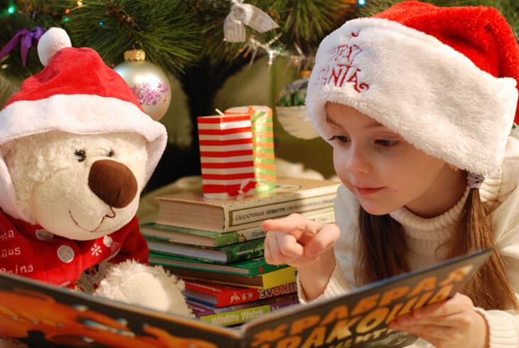 Bambini Che Scartano I Regali Di Natale.I Migliori Regali Di Natale Per Bambini Da Acquistare Online The